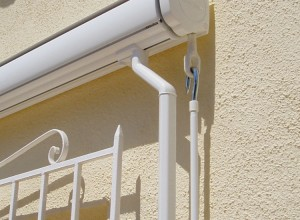 Boxed Drop Arm Awning Moraira