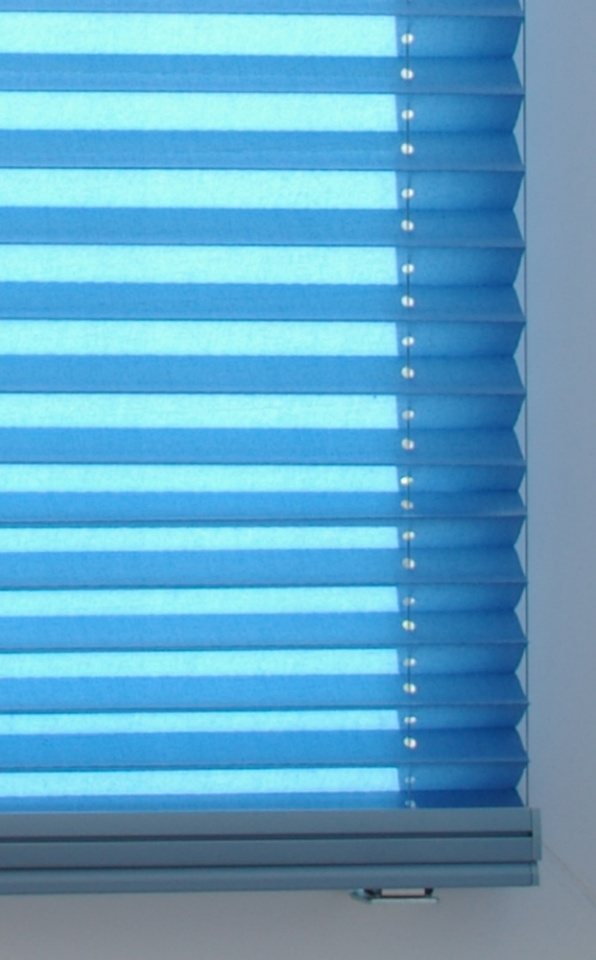 Cable-Guided Pleated Blind