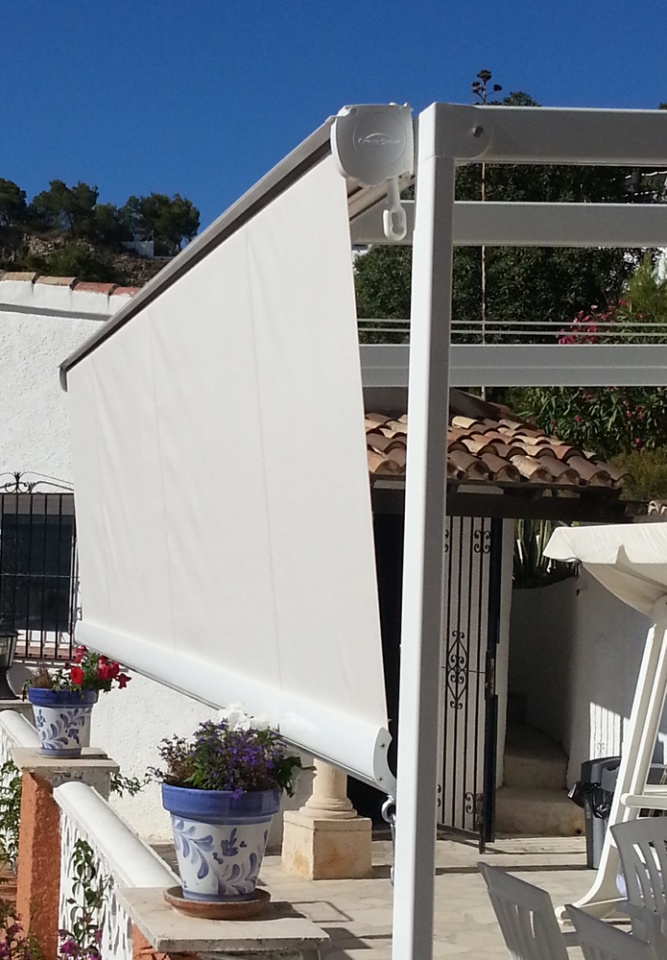 Drop Roller Awnings Jalon & Drop Roller Awnings - Vista Awnings and Blinds